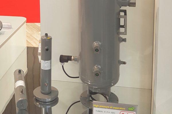 Bahnbrechende Innovation bei CARLY: Eine neue Ölabscheider-Generation CO2 140 Bar: TURBOIL-R-P 14 – INTEGRITY